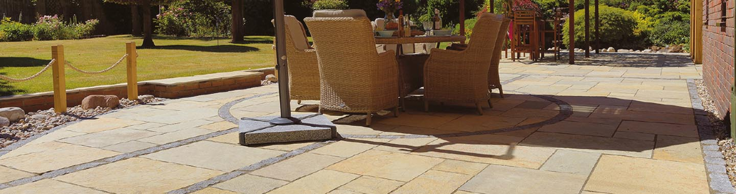 Sandstone | Limestone | Concrete | Slate | Porcelain | Granite - Paving materials to suit your home and garden